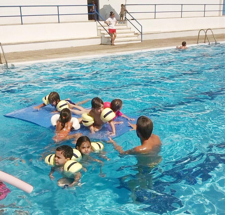 Ajuntament de sant andreu de llavaneres piscina m sica for Piscina sant andreu